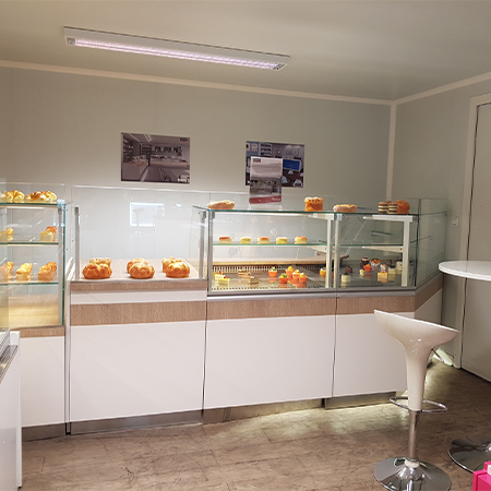 Ensemble vitrines - Show room ISOTECH